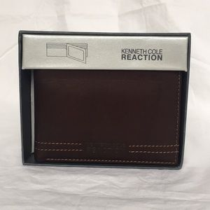 NIB Kenneth Cole Reaction Brown Leather Wallet